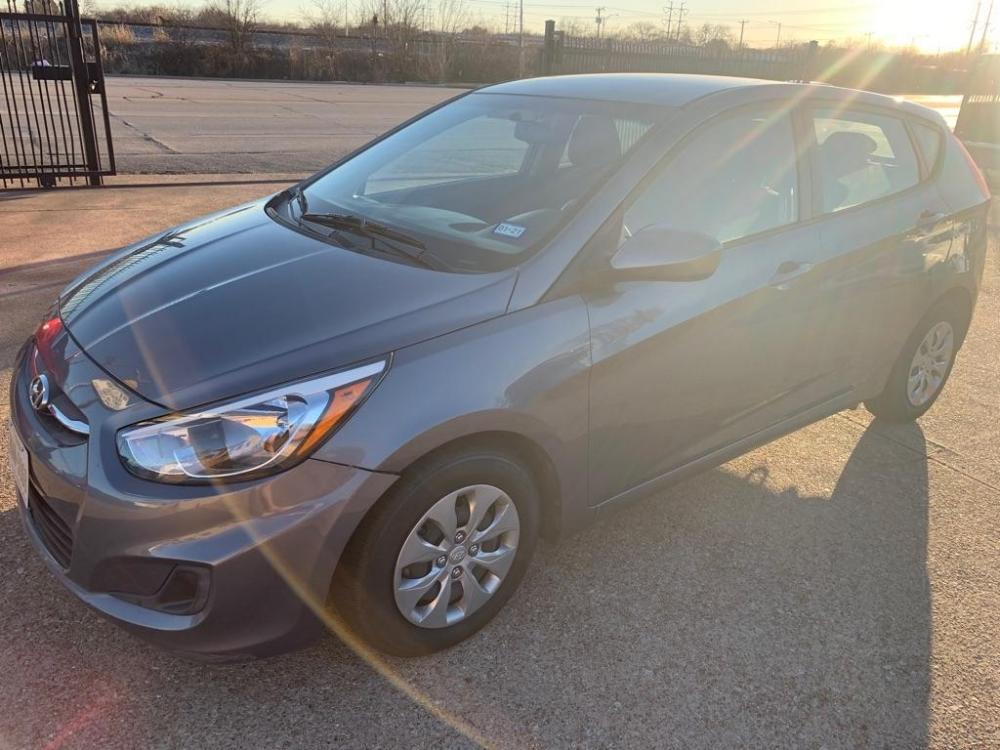 2017 GRAY /Black, cloth HYUNDAI ACCENT SE (KMHCT5AE6HU) with an 1.6L engine, Automatic transmission, located at 2002 W Main St., Grand Prairie, TX, 75050, (972) 641-9598, 32.740414, -97.031143 - Photo #0